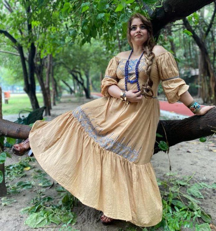 Interview with Top Fashion Designer Deepika Chandna, Founder of Bridgekala